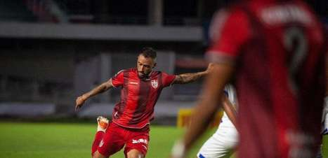 Em alta no CRB, Jean Patrick quer grandes jogos diante do Fortaleza na Copa do Brasil
