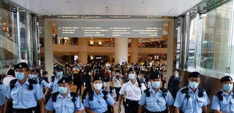 Homem de Hong Kong é sentenciado a 9 anos de prisão em primeiro caso de segurança nacional