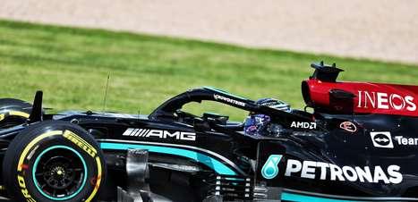 """""""É difícil encontrar o equilíbrio"""", diz Hamilton após os treinos no GP da Hungria de F1"""