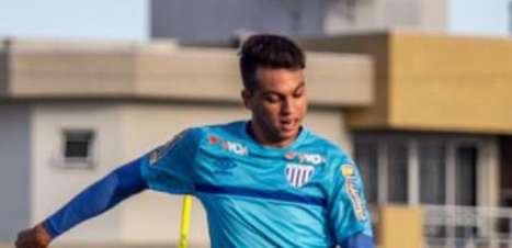 Zé Marcos encerra passagem pelo Avaí e agradece à torcida: 'Sempre me apoiaram'