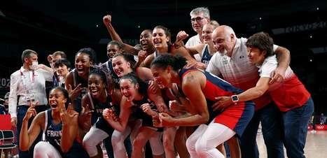 França se vinga da Sérvia e leva bronze no basquete feminino