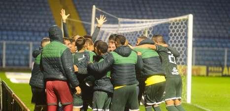 Com gol no último lance, Guarani vence Avaí e entra no G4 da Série B
