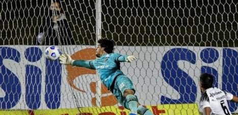 Goleiro Richard prolonga o seu contrato com o Ceará
