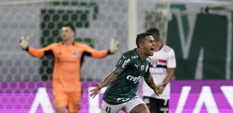 Palmeiras atropela o São Paulo e vai à semi da Libertadores