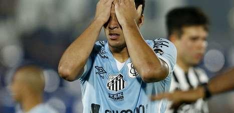 Santos perde para o Libertad e se despede da Sul-Americana