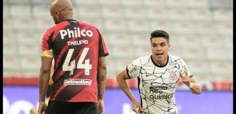 Corinthians confirma lesão no joelho de Roni