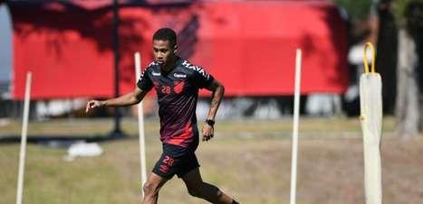 Bordeaux recua por Vitinho, do Athletico-PR, mas Dínamo de Kiev mantém investida