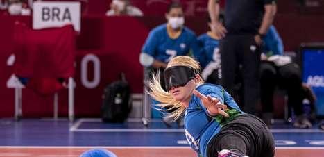 Seleção feminina de goalball goleia o Egito e avança nas Paralimpíadas