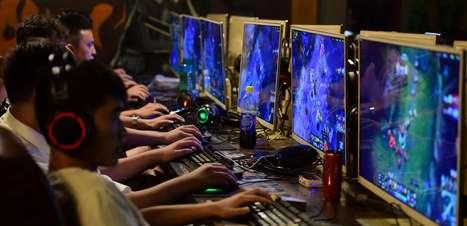China limita em 3 horas tempo que menores podem jogar online