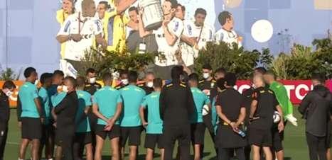 No CT do Corinthians, Seleção faz 1º treino para pegar Chile