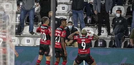 Flamengo é multado pela Conmebol por apelidos nos uniformes