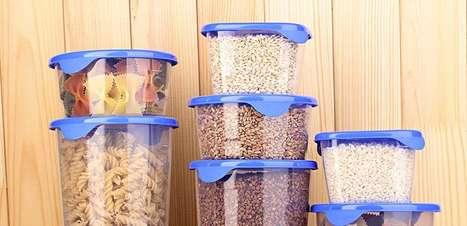Potes: 5 truques para organizar o armário da cozinha!