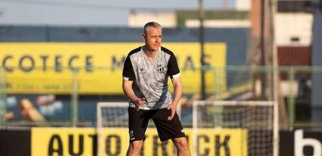 Tiago Nunes avalia semana de trabalho com o Ceará