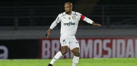 Felipe Melo pode ser titular do Palmeiras contra Chapecoense