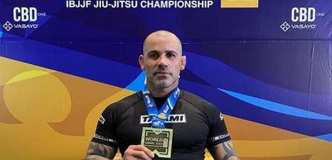 Após briga na rua e fitas do UFC, faixa-preta relembra quando conheceu Jiu Jitsu
