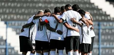 Corinthians bate o Figueirense e segue vivo no Brasileirão sub-23