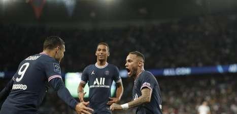 Com gol de Neymar, PSG supera o Lyon de virada no Francês