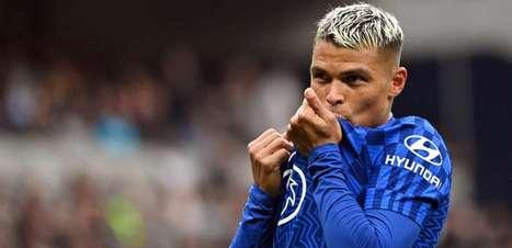 Thiago Silva marca, e Chelsea vence Tottenham em clássico