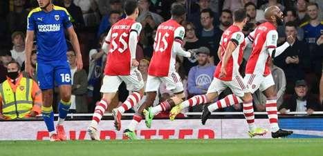 Arsenal vence o Wimbledon com facilidade e avança às oitavas de final da Copa da Liga Inglesa