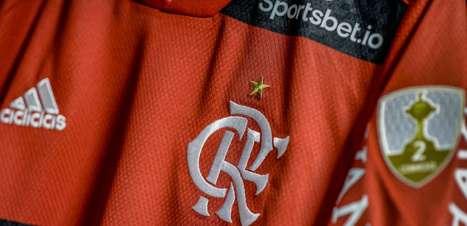 Projeto Nação Solidária: camisas usadas pelo Flamengo contra o Barcelona-EQU serão leiloadas
