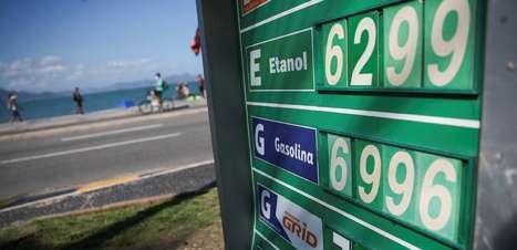 Preço da gasolina sobe pela 8ª semana nos postos