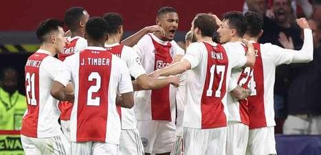 Ajax e Borussia vencem, lideram e seguem 100% no grupo C