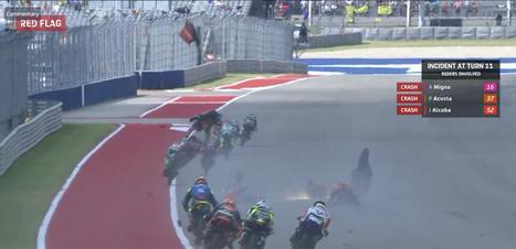 """Rossi apoia punição, mas critica relargada para cinco voltas na Moto3: """"Roleta-russa"""""""