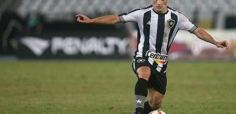 Ronald retorna ao Botafogo exatamente após um turno sem jogar