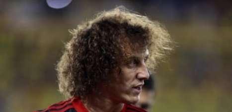 VÍDEO: David Luiz segue em forte preparação para retorno ao Flamengo; assista