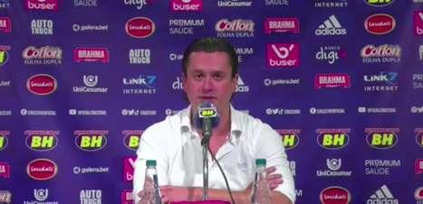 """CRUZEIRO: Presidente explica viagem a Madrid, afirma pagamento do seu próprio bolso e revela conversas com diversos cartolas: """"Temos que reconstruir a imagem do clube"""""""