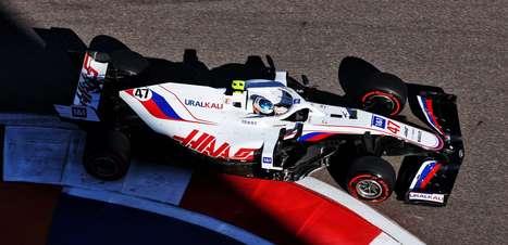 Qualificação de Schumacher na Turquia prova seu grande potencial na F1, diz Steiner