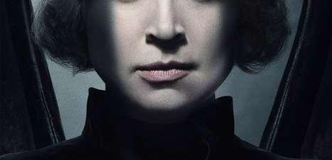 """Gwendoline Christie é Lúcifer em pôster da série """"The Sandman"""""""