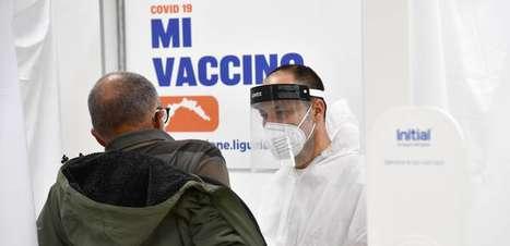 Vacinados mortos na Itália eram muito idosos e com mais doenças