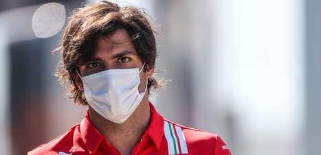 """""""É uma sensação que nunca tive antes"""" diz Sainz sobre o carinho dos fãs da Ferrari"""