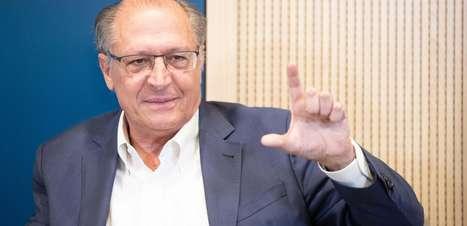 Sem assumir pré-candidatura, Alckmin cumpre agenda em SP