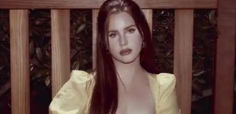"""Lana Del Rey lança seu segundo álbum em 2021: """"Blue Banisters"""""""