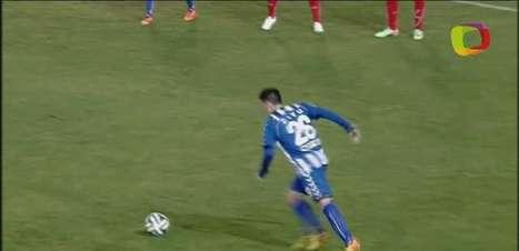 Goleiro evita derrota de time da Champions League na Grécia