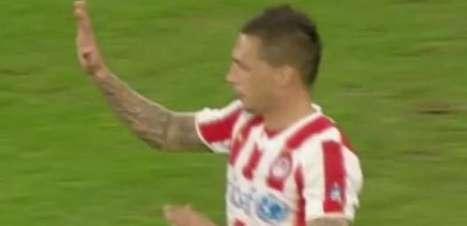 Olympiacos vence Levadiakos e mantém a liderança; veja gols
