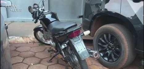 Homem é detido com motocicleta furtada na BR 467 em Cascavel