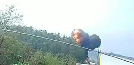 Assista ao momento da queda do avião em Piracicaba