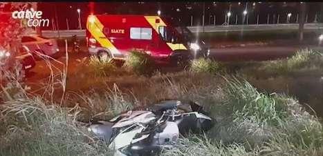 Motociclista sofre fratura exposta em acidente entre carro e moto no Santo Inácio