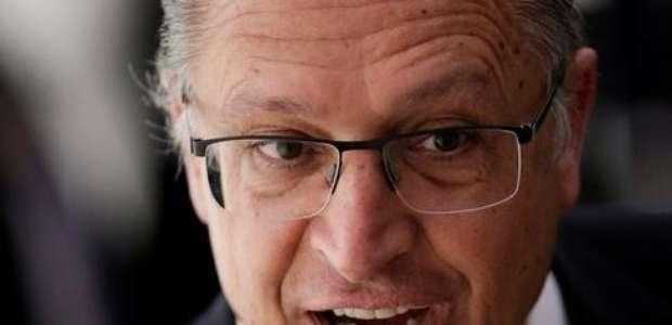Alckmin fala como candidato e promete privatizar estatais