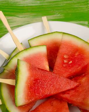 Meia-idade: conheça comidas aliadas para prevenir doenças