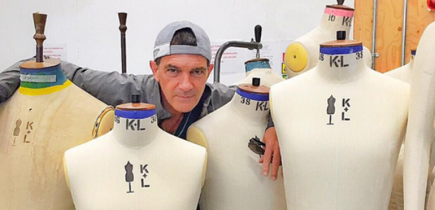 Diseñadores, a sudar, ¡Antonio Banderas estudia moda!