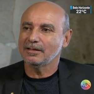 STF manda suspender investigação contra Queiroz, diz MP