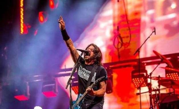 Foo Fighters é eleito melhor show do 1º fim de semana do RiR