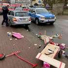 Carro avança em multidão no Carnaval na Alemanha e fere 30