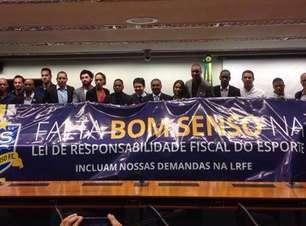 """Ruy Cabeção chama calendário de """"m..."""" e incita greve geral"""