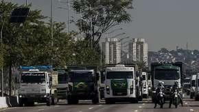 Paralisação de caminhoneiros é um misto de greve e locaute