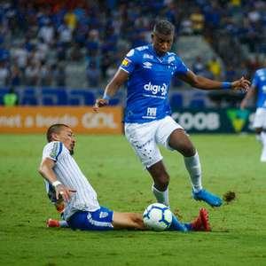 Cruzeiro empata sem gols com Avaí e rebaixa time catarinense